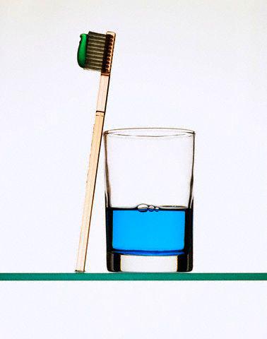 Dùng nước súc miệng thế nào cho đúng?